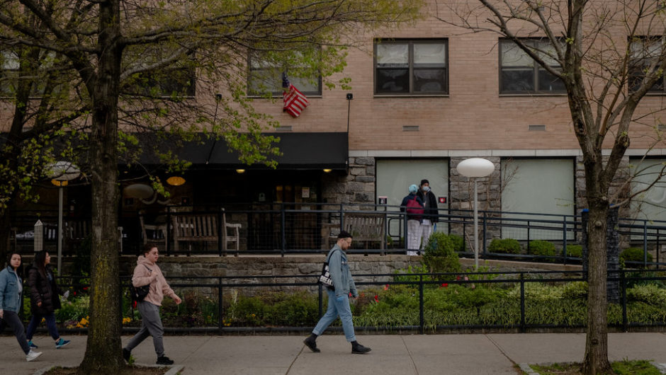 Over a Dozen NY Nursing Homes Have Had More Than 25 Coronavirus Deaths