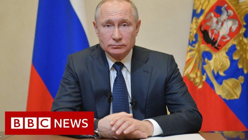 Coronavirus delays Russian vote on Putin staying in power – BBC News