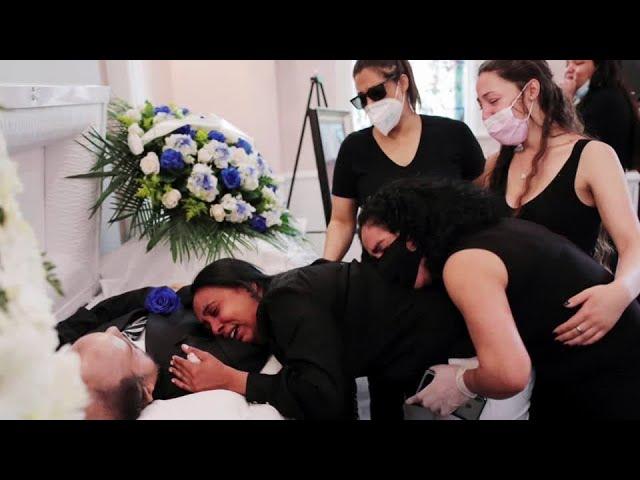U.S. coronavirus deaths top 100,000 -Reuters tally