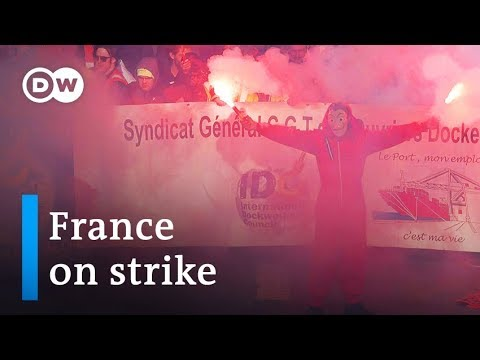 France strikes: Thousands protest Macron's pension reform | DW News
