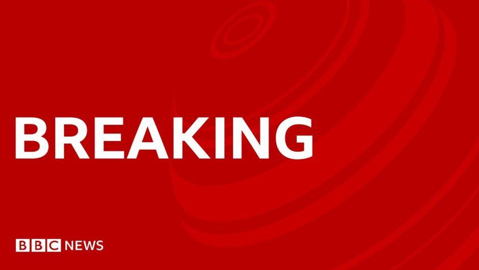Coronavirus: Dominic Cummings to make statement on lockdown allegations – BBC News