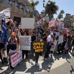 Huntington Beach photos comparing coronavirus protest, BLM protest are real