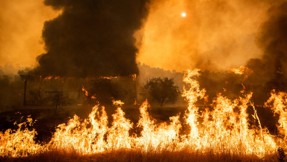 California Fires Live Updates: State Hit by 10,000 Lightning Strikes in 72 Hours