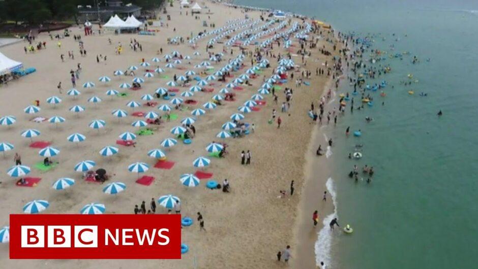 Coronavirus: Keeping the virus at bay on S Korea's beaches – BBC News