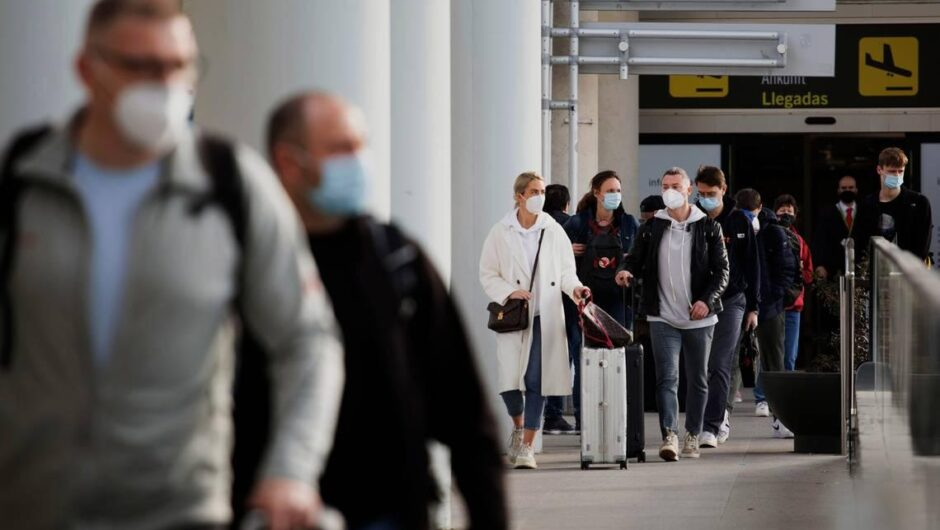 CDC says vaccinated Americans don't need COVID-19 tests, quarantine to travel